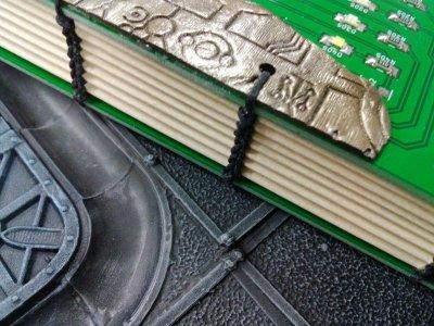 画像2: [完成品] The time machine LED book